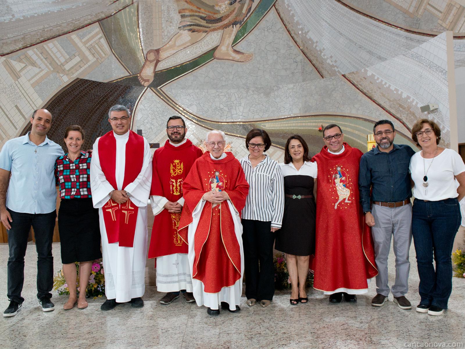 Conselho da Comunidade Canção Nova com a recém empossada Formadora Geral, Vera Lúcia Reis.