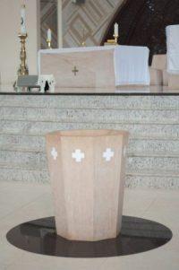 Pia Batismal do Santuário do Pai das Misericórdias. (Foto: Larissa Ferreira/cancaonova.com)