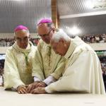 Dedicação do Santuário do Pai das Misericórdias reúne milhares de pessoas