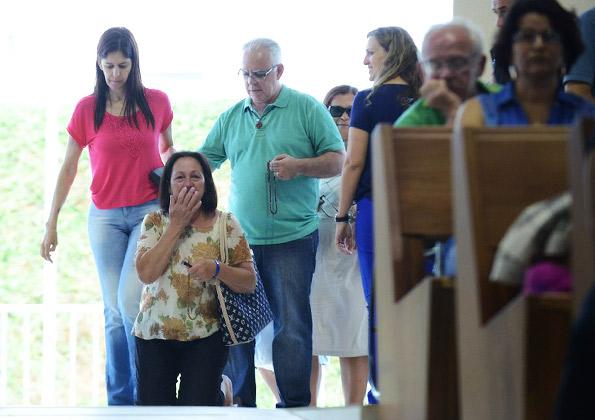 Fiéis entrando no Santuário do Pai das Misericórdias - Foto: Equipe Portal