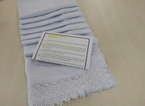 Toalha feita pela Maria Pinheiro para o altar do Santuário