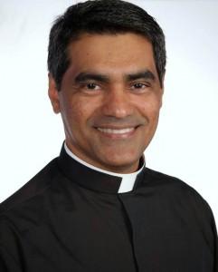 Padre Evandro Lima - administrador do Santuário do Pai das Misericórdias