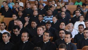 seminaristas_missa_santuario