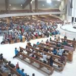 Santuário se enche de peregrinos para Vigília da Divina Misericórdia