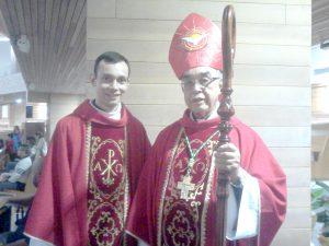 Padre Marcio Prado, vice-reitor do Santuário do Pai das Misericórdias, e Dom Benedito Beni, bispo Emérito de Lorena