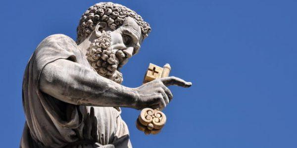 Pormenor da estátua de São Pedro, na Basílica de São Pedro, Vaticano