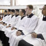 Comunidade Canção Nova recebe os novos seminaristas