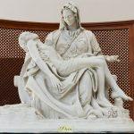 Santuário em transformação | Imagem da Pietá é elevada