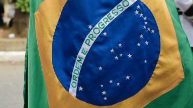 Brasil, terra de Santa Cruz