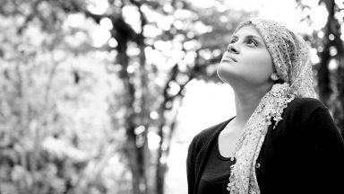 Mulher curada do câncer duas vezes tem fé que será curada novamente