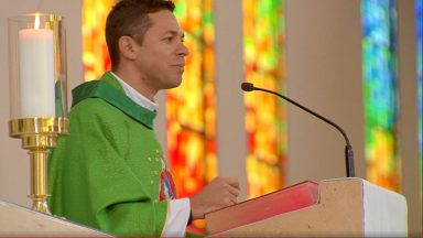 A oração é um grande ato de amor a Deus - Padre Elenildo Pereira (18/06/2020)