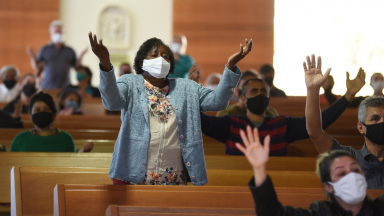 Neste mês de junho, as pregações serão direcionadas ao Sagrado Coração de Jesus.