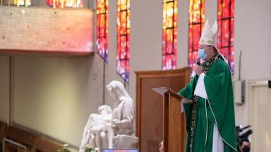 Dom Wladimir presidiu Missa no Santuário do Pai das Misericórdias