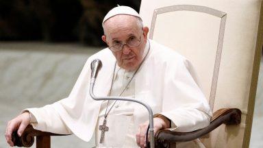 Crer em Jesus Cristo nos conduz à verdadeira vida, afirma Papa