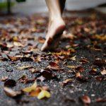Como são belos os pés do mensageiro que anuncia a paz!