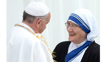 Papa fala sobre crise do capitalismo selvagem durante visita a obra social