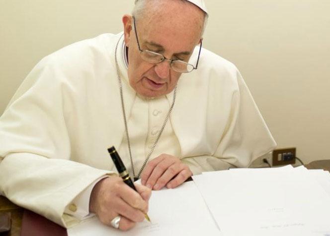 Papa autoriza canonizações e reconhece virtudes heroicas