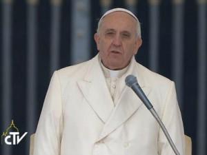 Papa expressa pesar pela morte do patriarca emérito de Lisboa