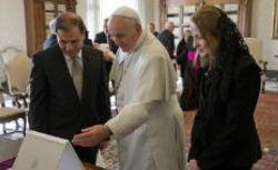 Papa recebe presidente de Malta