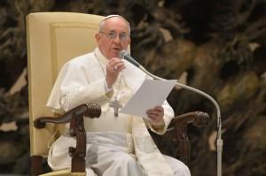 Papa faz apelo pelo fim da violência no Sudão do Sul