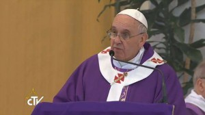 Primeiro dever do cristão é alimentar a própria fé, diz Papa