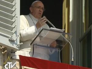 Escutar a voz de Jesus, pede Papa no Angelus