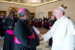 Francisco recebe bispos da Tanzânia