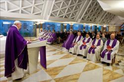 Inércia e formalismo fecham a porta à salvação, diz Papa