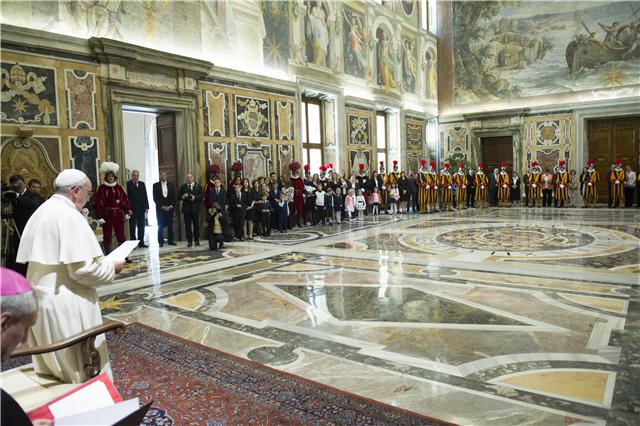 Papa recebe Guarda Suiça / Foto: L'Osservatore Romano