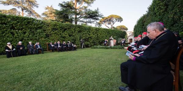 Shimon Peres, o presidente da Palestina, Mahmoud Abbas, o Papa Francisco