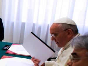 Papa Francisco durante reunião com Conselho de Cardeais / Foto: Agência Ecclesia