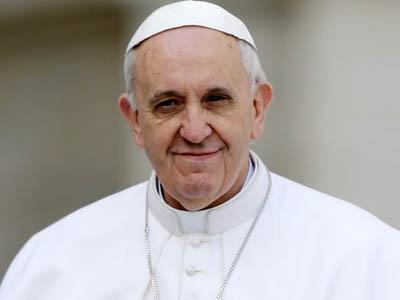 30/08 - Pároco em Gaza se encontra com o Papa Francisco