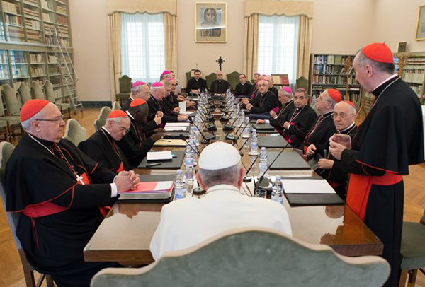 Papa e os núncios no Oriente Médio, juntos no Vaticano / Foto: L'Osservatore Romano