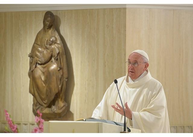Francisco fala dos anjos da guarda como companheiros que Deus enviou para a vida humana / Foto: L'Osservatore Romano