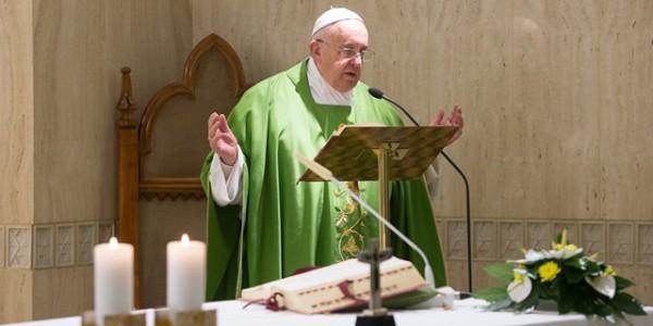 Papa destaca que a oração de louvor enche o coração de alegria / Foto: Arquivo - L'Osservatore Romano