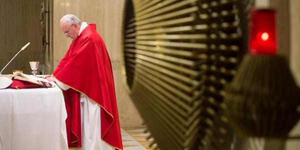 Francisco alerta sobre o risco de tornar a identidade cristã opaca e hipócrita / Foto: L'Osservatore Romano