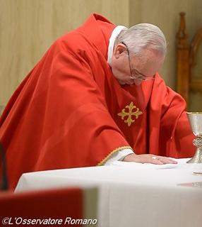 Papa na Missa desta manhã / Foto: L'Osservatore Romano