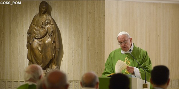 Francisco na Casa Santa Marta, onde celebra a Missa diariamente / Foto: L'Osservatore Romano