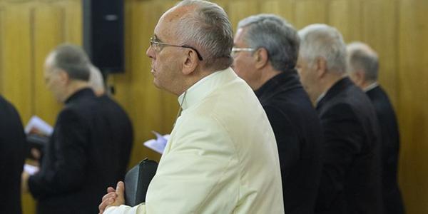Francisco durante os exercícios espirituais em Ariccia / Foto: L'Osservatore Romano