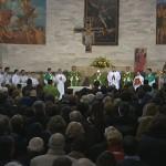 Francisco no início da celebração eucarística na paróquia de São Miguel Arcanjo / Foto; Reprodução CTV