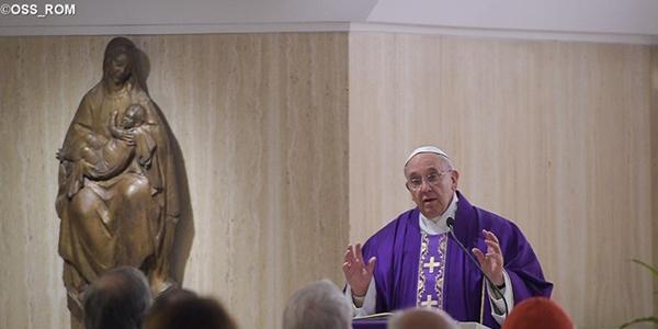 Francisco fala sobre o verdadeiro jejum, que é um compromisso também para com o outro, não só com Deus / Foto: L'Osservatore Romano