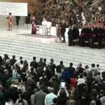 Francisco em audiência, na Sala Paulo VI, com comunidades neocatecumenais / Foto: Lizia Costa - CN Roma