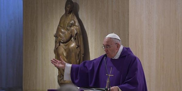 Francisco explica a dinâmica do perdão: arrepender-se, pedir perdão e saber perdoar / Foto: L'Osservatore Romano
