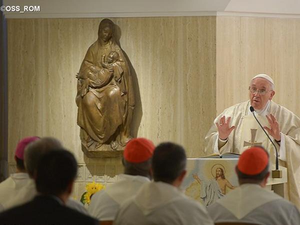 Francisco pede que cristãos não acumulem riquezas, mas coloquem-nas a serviço do bem comum / Foto: L'Osservatore Romano