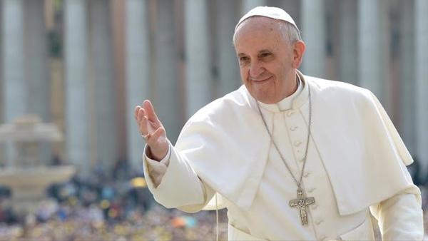 Francisco diz que a saída de si mesmo é um movimento fundamental da experiência de fé / Foto: Arquivo - L'Osservatore Romano