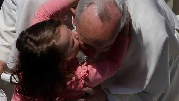 Papa sempre expressa seu carinho pelas crianças / Foto: Arquivo - L'Osservatore Romano