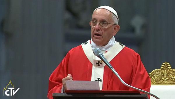Francisco durante a celebração desta manhã, na Basílica de São Pedro / Foto: Reprodução CTV
