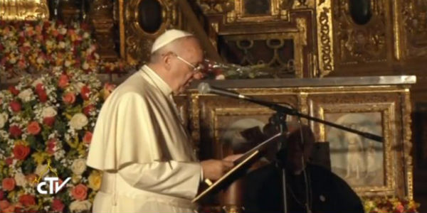 O Pontífice na Igreja de São Francisco, o prédio católico mais antigo das Américas. Foto: Reprodução CTV
