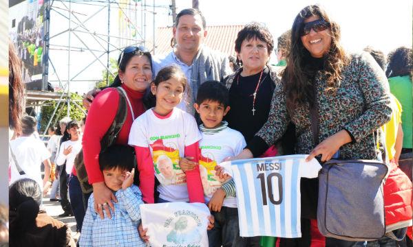 Família argentina reunida para ver Bergolio novamente
