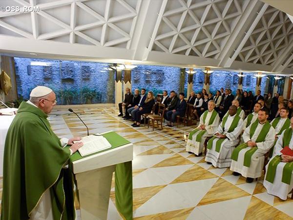 Papa Francisco na Casa Santa Marta / Foto: L'Osservatore Romano